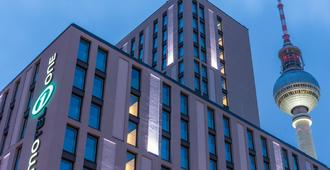 Motel One Berlin-Alexanderplatz - Berlin - Building