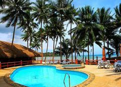 Kayla'a Beach Resort - Dimiao - Piscina