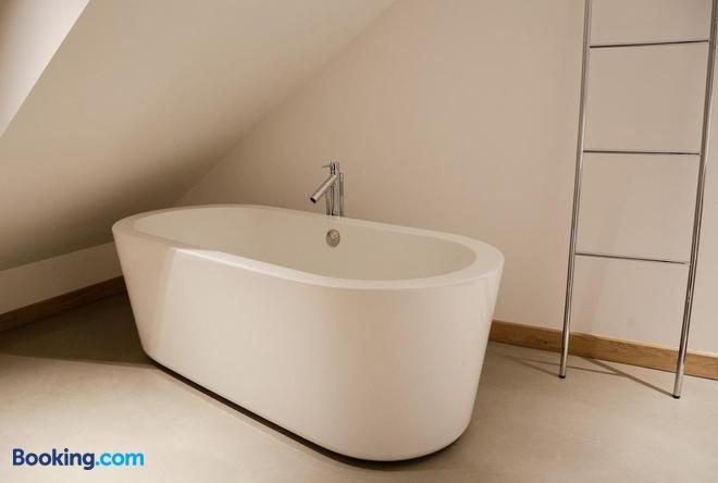 La Pipistrelle Hotel - Luxembourg - Bathroom