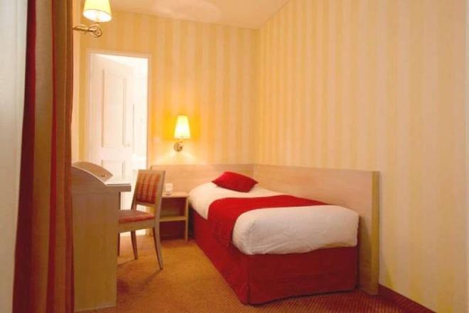 Hôtel Delambre - Paris - Bedroom