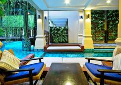 Burasari Phuket Resort & Spa - Patong - Pool