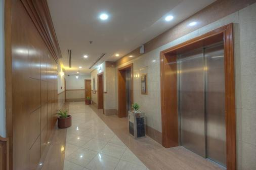 拉維拉納吉德酒店公寓 - 杜拜 - 杜拜 - 門廳