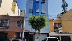 皇家旅館 - 利馬 - 建築