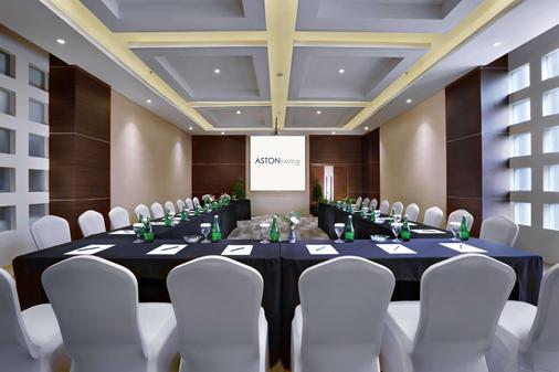 Aston Pasteur Hotel - Bandung - Meeting room