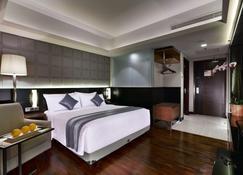 Aston Pasteur Hotel - Bandung - Habitación