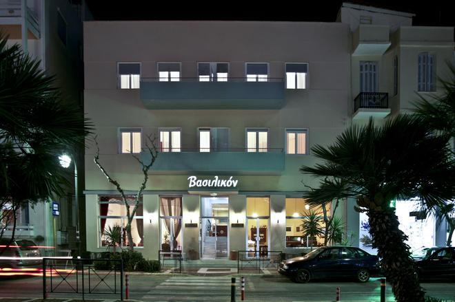 Vassilikon Hotel - Λουτράκι - Κτίριο