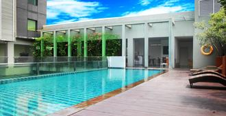 Sparks Life Jakarta - West Jakarta - Pool