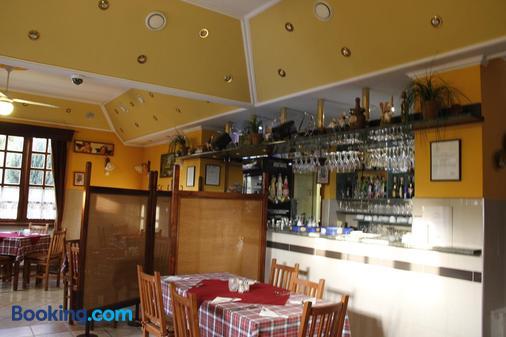 Kisherceg Szálláshely - Budapest - Bar