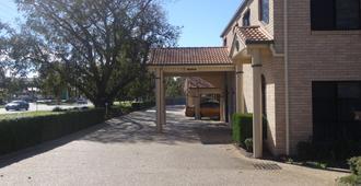 Best Western Tuscany on Tor Motor Inn - טוומבה