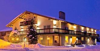 The Mammoth Creek Inn - ממות' לייקס