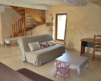 Holidays in the countryside in beautiful renovated farmhouse - Bazouges-la-Pérouse