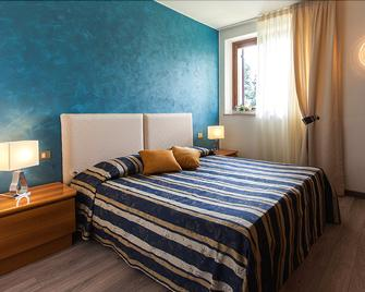 Soave Relais Castelcerino - Soave - Schlafzimmer