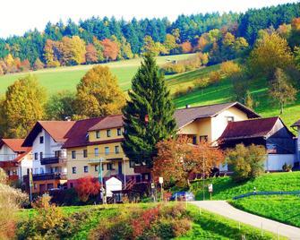 Hotel Gasthof Zur Krone - Beerfelden - Building