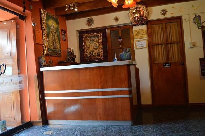 Paucartambo Wasichay - Cusco - Front desk