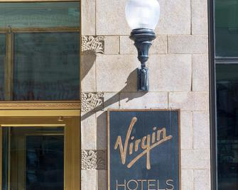 Virgin Hotels Chicago - Chicago - Building