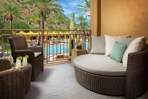 The Canyon Suites at The Phoenician, a Luxury Collection Resort, Scottsdale - Scottsdale - Parveke