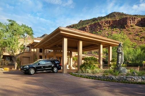 The Canyon Suites at The Phoenician, a Luxury Collection Resort, Scottsdale - Scottsdale - Rakennus