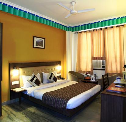 Hotel Inn Tawang - New Delhi - Bedroom