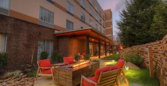 Fairfield Inn and Suites by Marriott Gatlinburg Downtown - Gatlinburg - Veranda