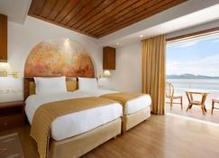 Ramada by Wyndham Loutraki Poseidon Resort - Loutraki - Slaapkamer