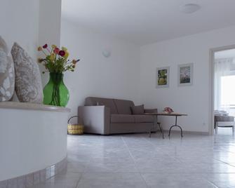 Terrace Sui Colli - Apartment Leccio - Santa Lucia