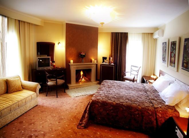 Hotel Nostos - Nea Lefki - Bedroom