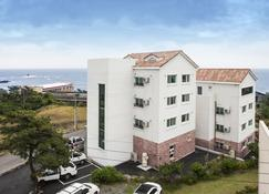 Jeju Aria Pension - Seogwipo - Edificio