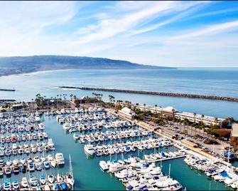 Portofino Hotel & Marina - A Noble House Hotel - Redondo Beach - Rakennus