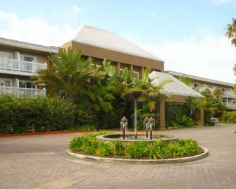 Portofino Hotel & Marina - A Noble House Hotel - Redondo Beach - Building