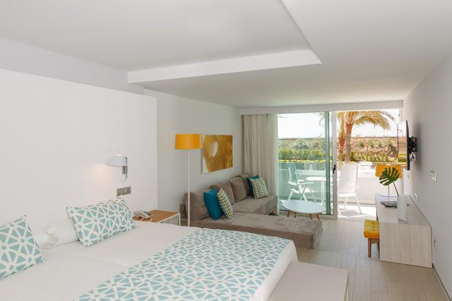 Santa Monica Suites Hotel - Maspalomas - Bedroom