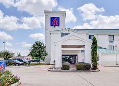 Motel 6 Houston Katy Tx - Katy - Building