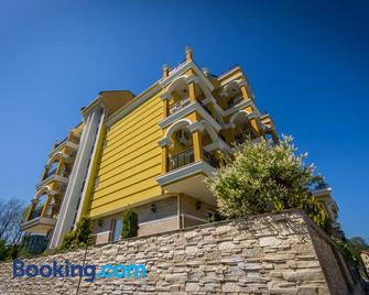 Hotel Luxor - Lozenets - Building