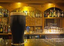 Alcock & Brown Hotel - Clifden - Bar
