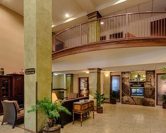 Triple Play Resort Hotel & Suites - Hayden - Lobby