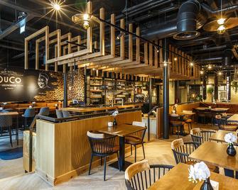 Fletcher Hotel-Paleis Stadhouderlijk Hof - Leeuwarden - Bar