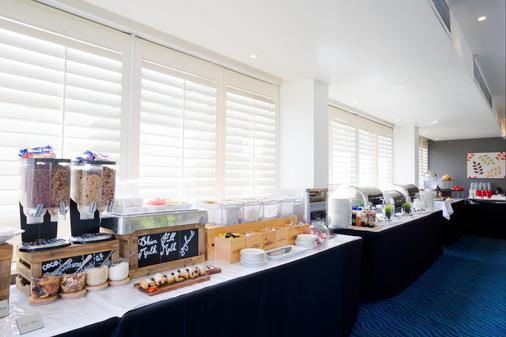 Metro Mirage Hotel Newport - Sydney - Buffet
