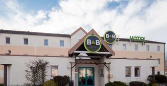 B&B Hôtel Caen Mémorial - Saint-Contest - Edificio