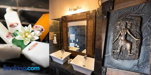 African Rock Lodge - Hoedspruit - Bathroom