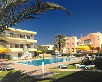 Anita Apart-Hotel - Ialysos - Pool
