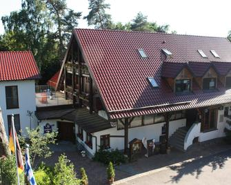 Hotel Restaurant Café Waldhof - Hohenkammer - Building