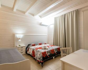 Le Camelie - Ginosa Marina - Bedroom
