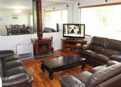 Golfers Delight - Katoomba - Living room