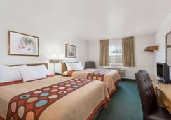 Super 8 by Wyndham Rexburg - Rexburg - Bedroom