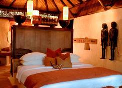 Mahua Kothi Bandhavgarh - Taj Safari Lodge - Tala - Gebäude