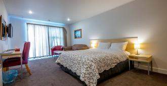 The Westhaven Motel - Fox Glacier - Bedroom