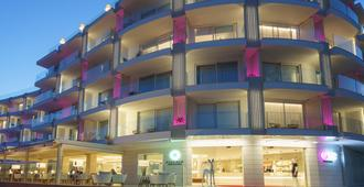 One Ibiza Suites - Ibiza - Edificio
