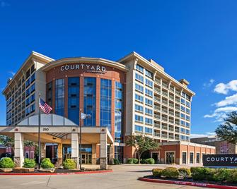 Courtyard by Marriott Dallas Allen at Allen Event Center - Allen - Building