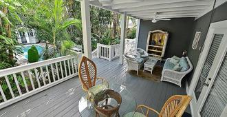 Ambrosia Key West - קי ווסט - מרפסת