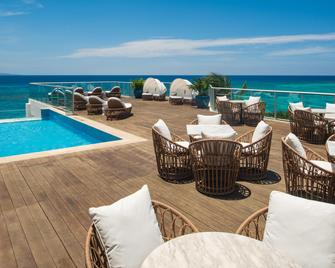 S Hotel Jamaica - Montego Bay - Piscina