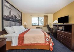 Super 8 by Wyndham Franklin/Middletown Area - Middletown - Schlafzimmer